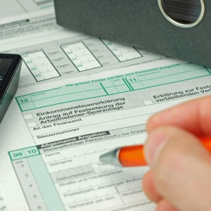 Steuern Formulare Steuerberaterin Schultheiß in Lübeck